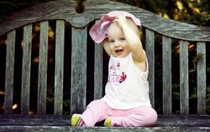 baby_smile_look_teeth-wide