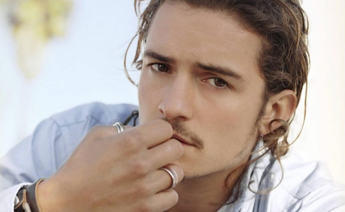 Orlando-Bloom-Wallpaper1-700x430