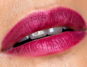 mac-enchanted-eve-pink-lipstick-wined-and-dined