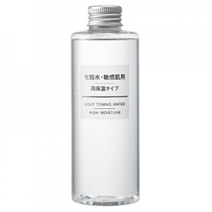 muji-light-toning-water-high-moisture-200