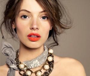 Orange-Lipstick-Bridal-Musings